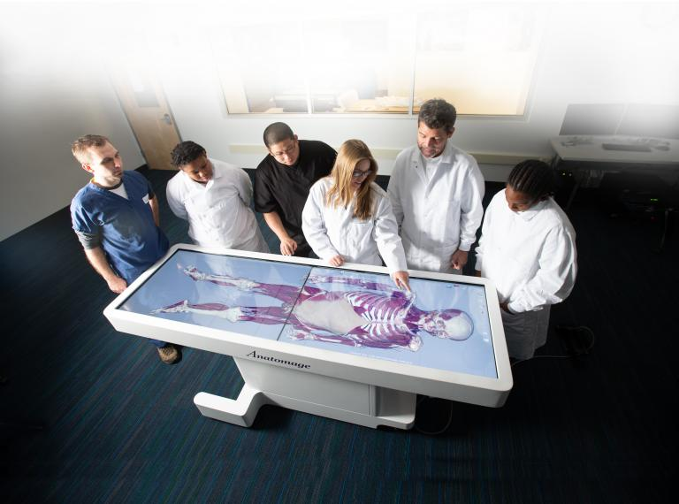 Anatomage table and students